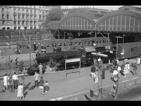 ▶ Bill Frisell - Gone, Just Like a Train - YouTube