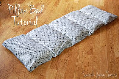 Sarah Jane Sews: Tutorial: Pillow Bed from XL Twin Sheet This one is really simple yet detailed. Everything makes sense!!! Cool to do with Walmart Sheets ($5) and Standard Pillows ($3 ea.)! Shoot, that's only $20!!!