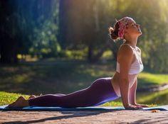Οι 6 ασκήσεις γιόγκα που σε αδυνατίζουν πραγματικά