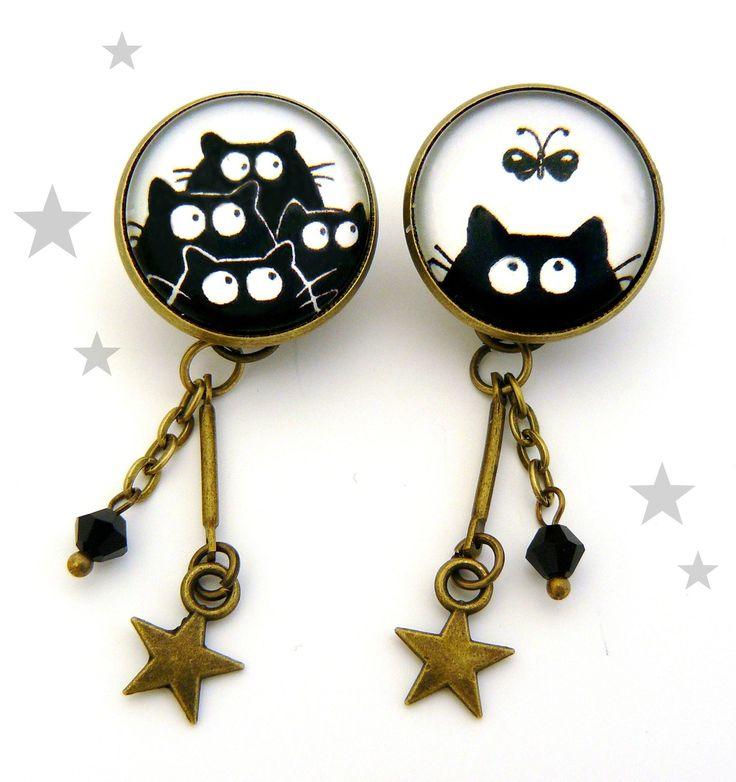 Pins chat noir et papillon en métal bronze