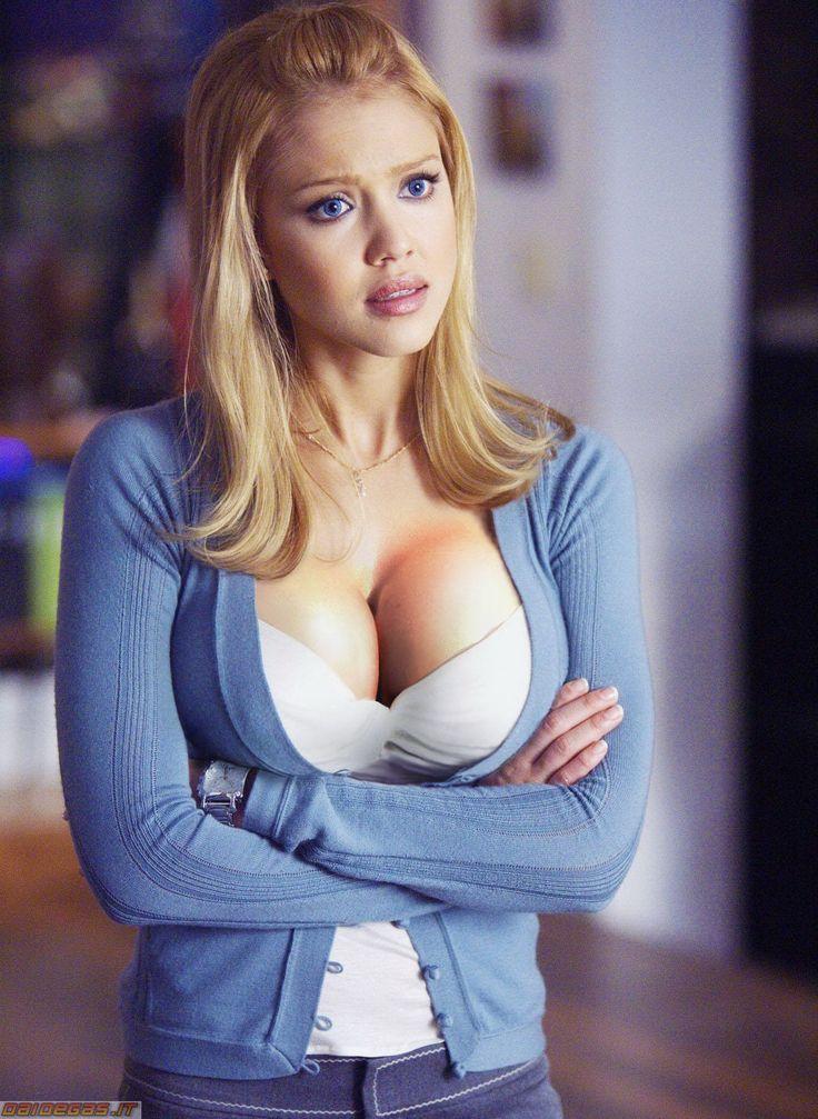 Jessica Alba Nude Boobs 15
