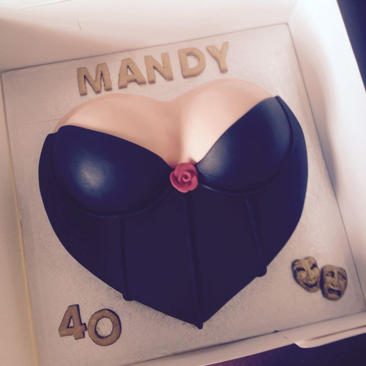 Corset birthday cake for a friends 40th, gutted I missed the party #corset #boobs #bra #corset