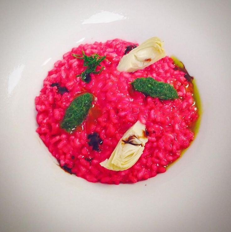 Repost from @_mesutozkan: A unique and new experience for your taste buds: the beet root risotto from our Narr Restaurant! Çok özel ve yeni bir deneyime Narr Restautant'ta merhaba diyin!  #sheraton #bursa #sheratonbursa #hotel #narr #restaurant #risotto #beetroot #finedining #culinary #gastronomy #colorful #pink #betterwhenshared