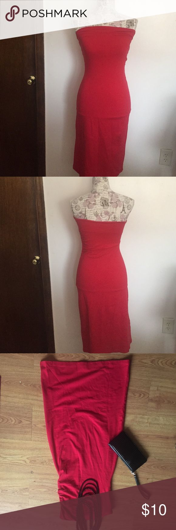 MODA International Casual Strapless Dress Casually Stylish Strapless MODA international dress features gathering on one side | 35 inches long | True size Small | 26 inches at the waist with some stretch to approximately 30 | Bundle to save ❤️ Moda International Dresses