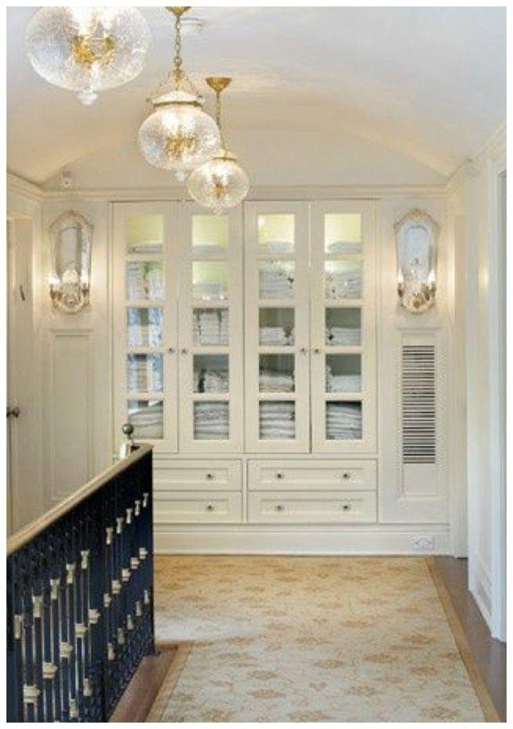 Great hallway and linen closet