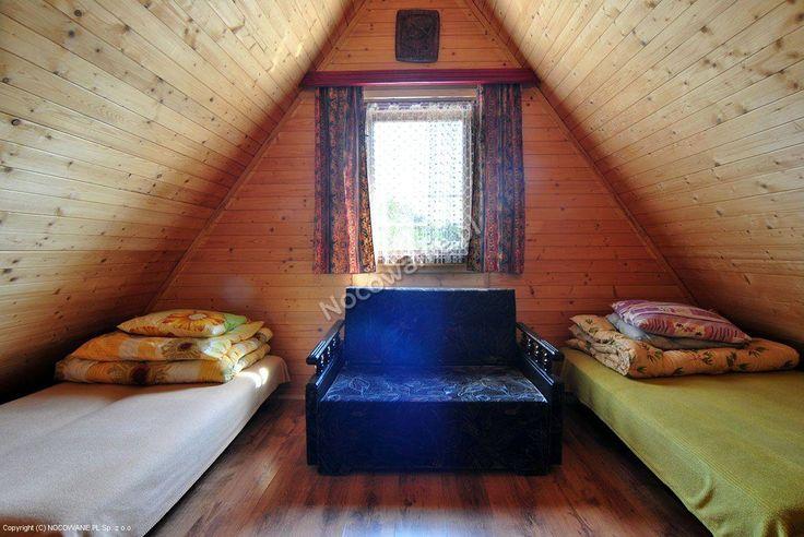 Domki Bogumiłów to całoroczny obiekt z niewielkiej wsi Rybarzowice koło Szczyrku, który akceptuje przyjazd ze zwierzętami domowymi: http://www.nocowanie.pl/noclegi/szczyrk/domki/66587/