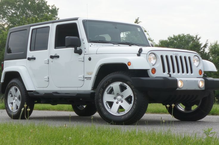 Great  2012 Jeep Wrangler Unlimited Sahara For Sale