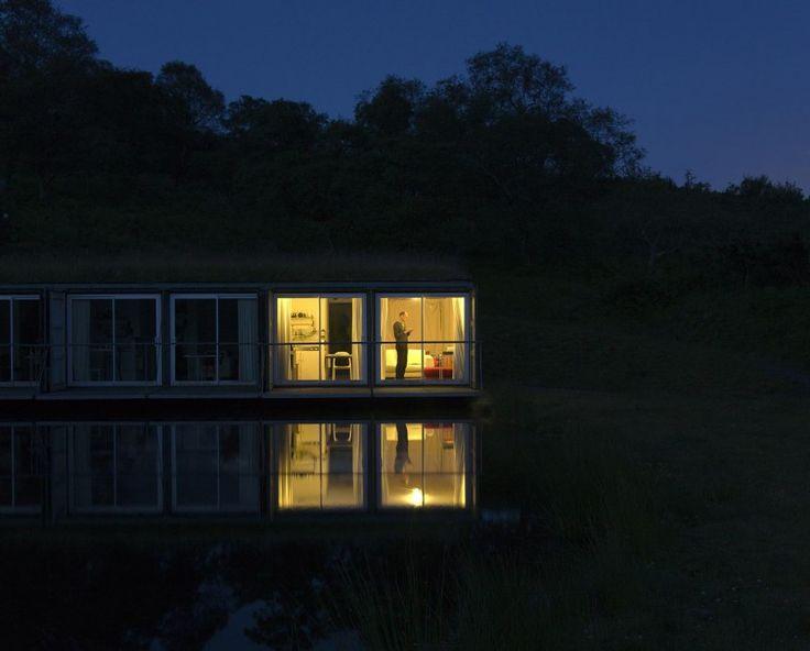 les 266 meilleures images propos de maison en container sur pinterest maison pr fabriqu e. Black Bedroom Furniture Sets. Home Design Ideas