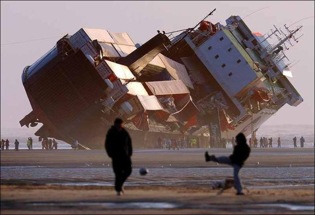 Riverdance ferry runs aground off Blackpool, UK, 2008 http://www2.blackpooltoday.co.uk/gallery_rd_fer/