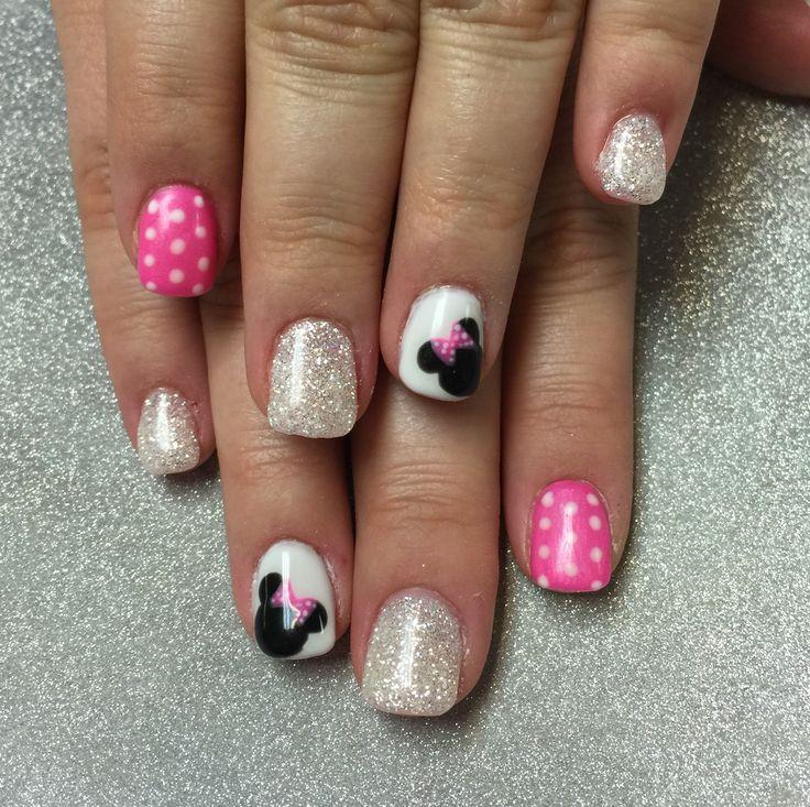 Disney Minnie nails