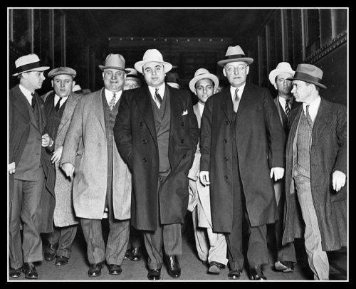 Al Capone #16 Photo 8X10 - 1932 Gangster FBI Chicago Mafia  Buy Any 2 Get 1 FREE - $3.95