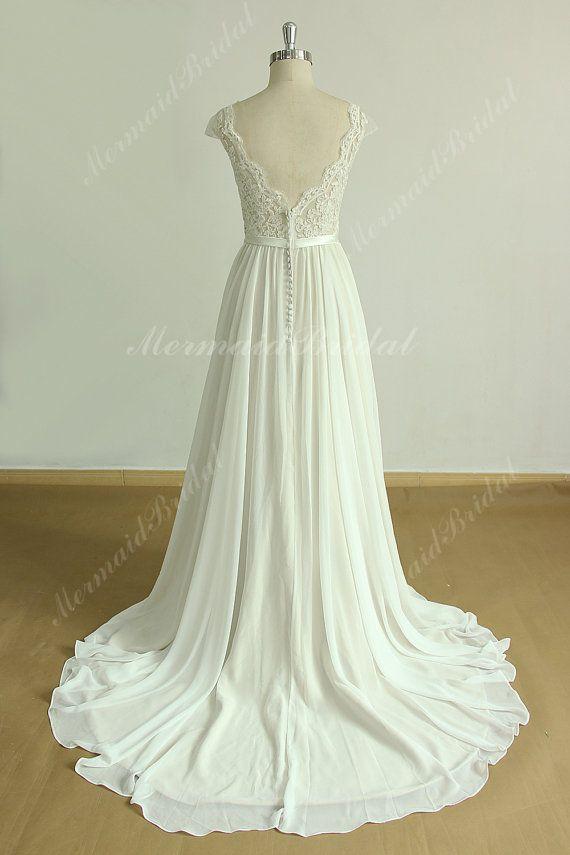 Een lijn chiffon kant trouwjurk met mantel open door MermaidBridal