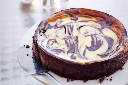 http://www.ah.nl/allerhande/recept/R-R759096/gemarmerde-chocoladecheesecake