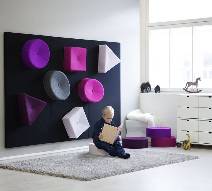 Mukula consists of cushions on which you can sit on the floor and then lift onto the wall after use.