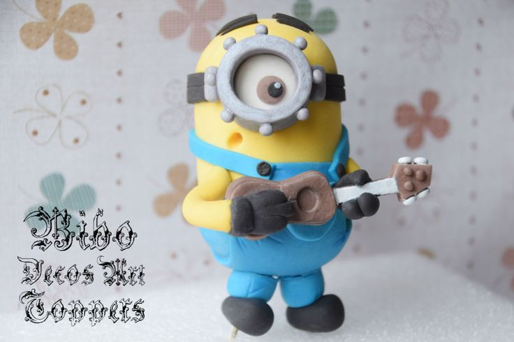 Edible 3D Minion Fondant Cake Topper , Birthday Cake Topper , Minion Lover Cake Topper by BiboDecosArtToppers on Etsy