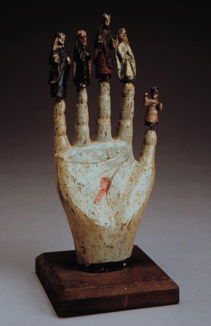 La Mano Poderosa/The Powerful Hand