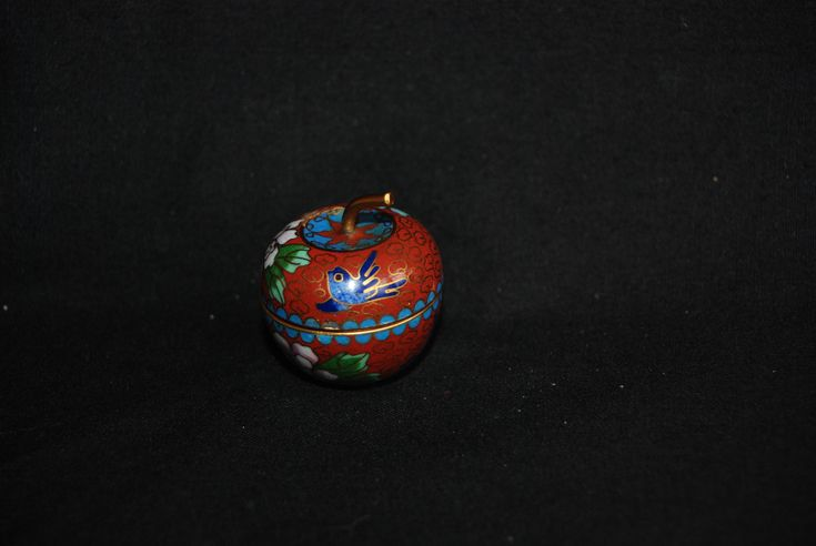 Cloisonne Apple pill box - vintage decorative enamel floral birds miniature enamel box - trinket snuff jewelry box - small pill container by Spritejewelry on Etsy