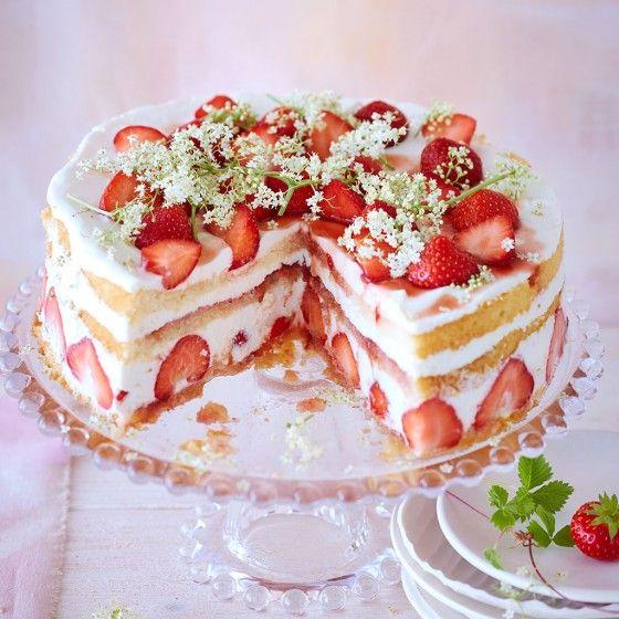10 tolle Erdbeertortenrezepte-mit Holunderblüte