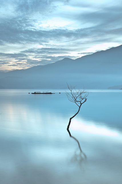 Paradise in the fog @Sun-Moon Lake, Taiwan by passer-by F.H.