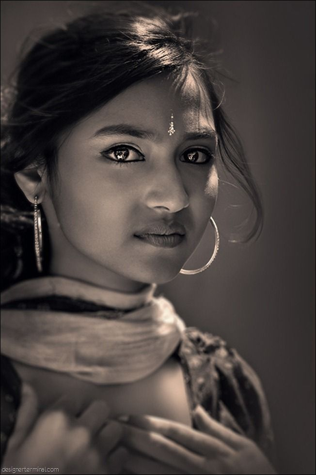 beautiful...when i was in high school, i was always an indian woman in my dreams. weird, huh?