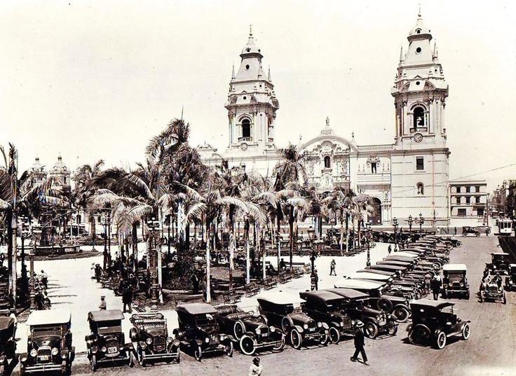 Plaza de Armas de Lima, antigua Lima