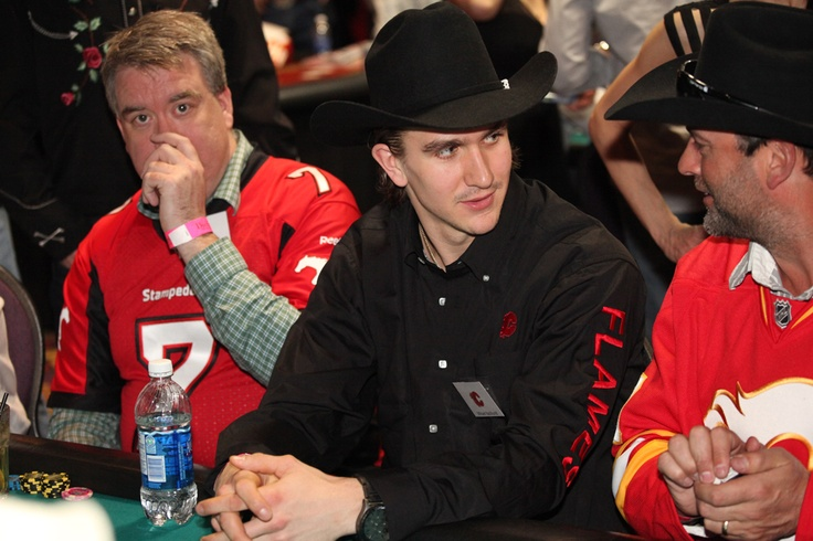 Mikael Backlund - more interested in chatting with the guys at his table than actually playing poker.