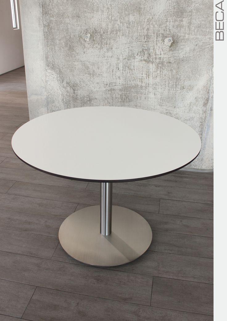 Mesa tipo pedestal. Utilización de una base PLATO