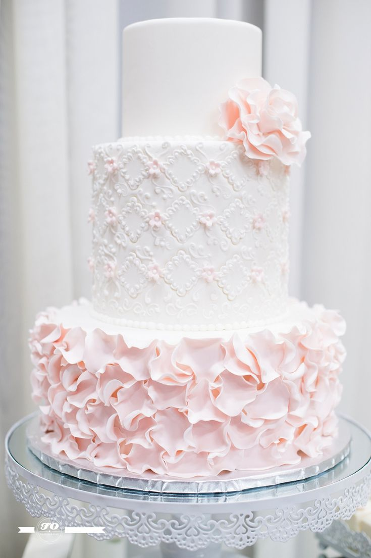 """""""Vintage, soft, florals & lace"""" were the thoughts behind The Art of Cake's collection at Bridal Fantasy 2015"""