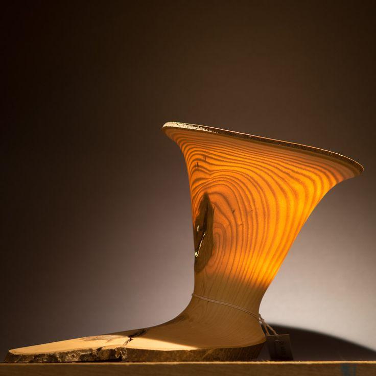 Lichtobjekt aus Eschenholz gedrechselt ; #windlicht #drechseln #drechselkurs