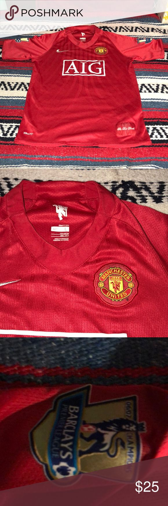 Manchester United soccer Jersey size 12/13 youth Manchester United large size 12/13 youth soccer jersey gently used Nike fit Shirts & Tops Tees - Short Sleeve