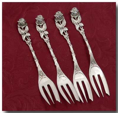 "4 lovely 800 Silver ""Hildesheimer Rose"" Dessert Forks by Kaufmann & Ludwig, Hanau, Germany"