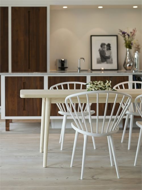 Miss Holly chair by a Jonas Lindvall Stolab