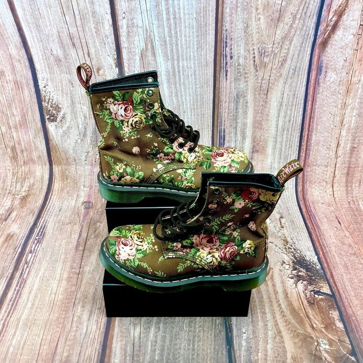 Dr Martens 1460 Airwair Taupe Victorian Flowers Pattern boots doc martens uk 3