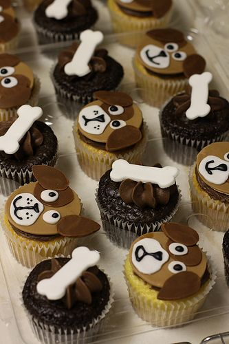 Pupys Cake | Cupcakes Take The Cake: Cow and dog cupcakes