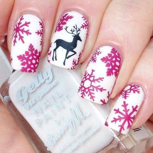 75+ Adorable Holiday Nail Designs To Try This Christmas   – A Very Merry Christmas