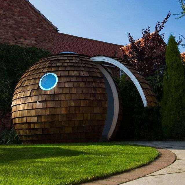 Futuristic Home Office Garden Design