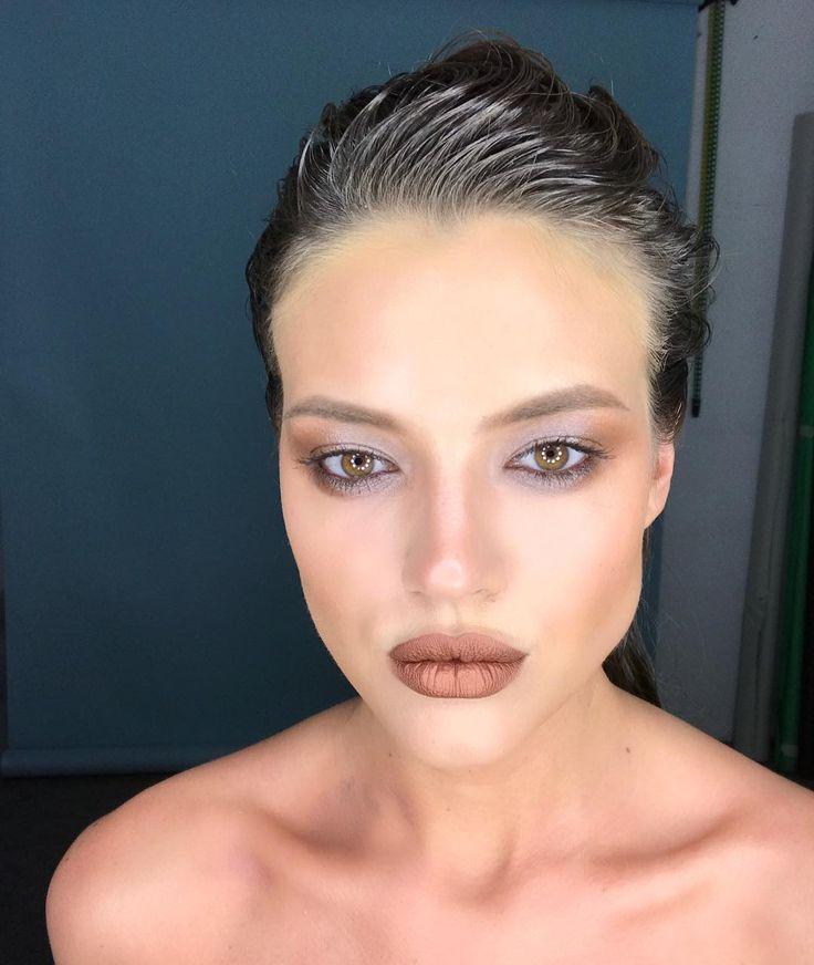 Bronze-brown make-up 🍫Помада #limecrime  оттенок Lana !!! На глазах кремовые тени #illamasqua !!! #serdarkambarovstudio