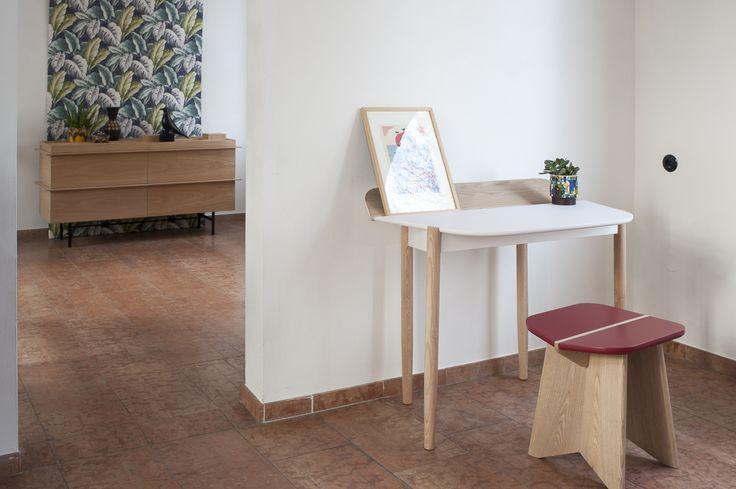 PICO desk with hidden storage space & CANTINA stool // o-ceu.com