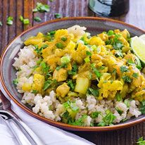30 Minute Chicken and Cauliflower Curry - iFOODreal