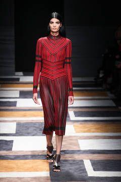 Salvatore Ferragamo – Mailand Fashion Week Report Herbst/Winter 2015/16: Einen Überblick über die neusten Shows und Kollektionen der italienischen Designer von der laufenden Mailänder Modewoche gibt es hier.