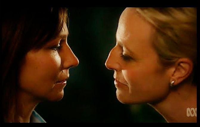 Janet leaning in to kiss Bianca. Bianking lives <3  Janet King, Bianca Grieve. Marta Dusseldorp and Anita Hegh.