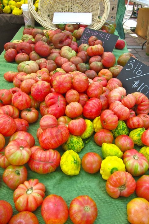 Stop by tomorrow & grab your tasty heirloom tomatoes!!! Right across the street from the Sagebrush Cantina- SEE YOU @ THE MARKET!