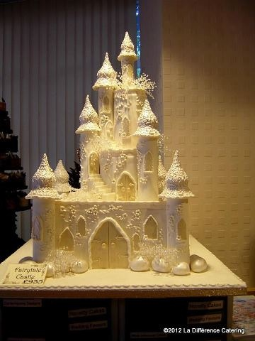 Princess Castle Wedding cake. This is what I want my dream home to took like only, bigger, not edible, and PINK
