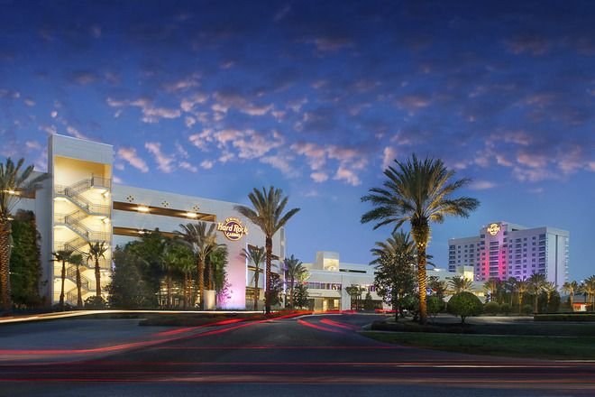 University Mall: Tampa Shopping Review - 10Best Experts and Tourist Reviews