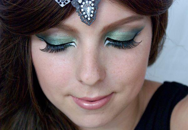 Arab Inspired Green Smokey Eyes Makeup Tutorial