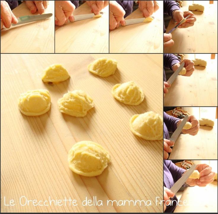 RIcetta Orecchiette fatte in casa (Recipe Homemade Orecchiette) Interesting.