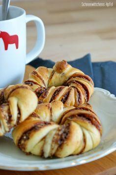 Zimt-Nutella-Knoten / Cinnamon-Nutella-Knots