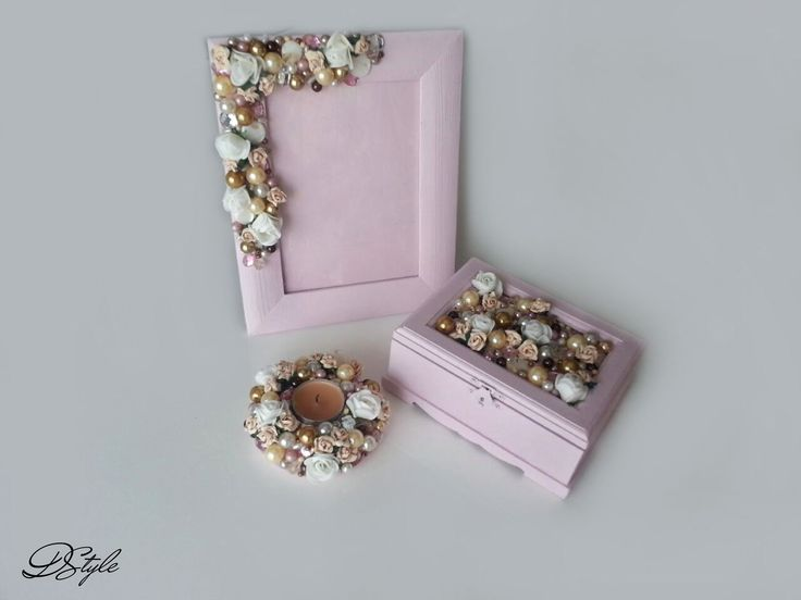 Jewelry box 75 ron Photo frame 65 ron Candle suport 45 ron
