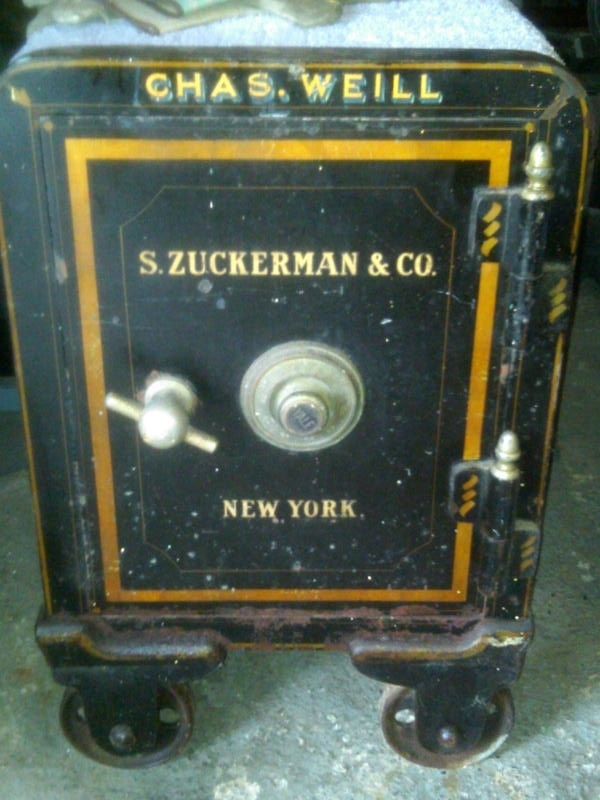 1000 images about antique safes on pinterest aaron for Table locks acquired immediately 99