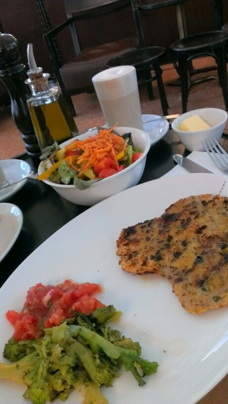 Lunch in Brenner Munich, my 1th weekend since long time. And start to work again.